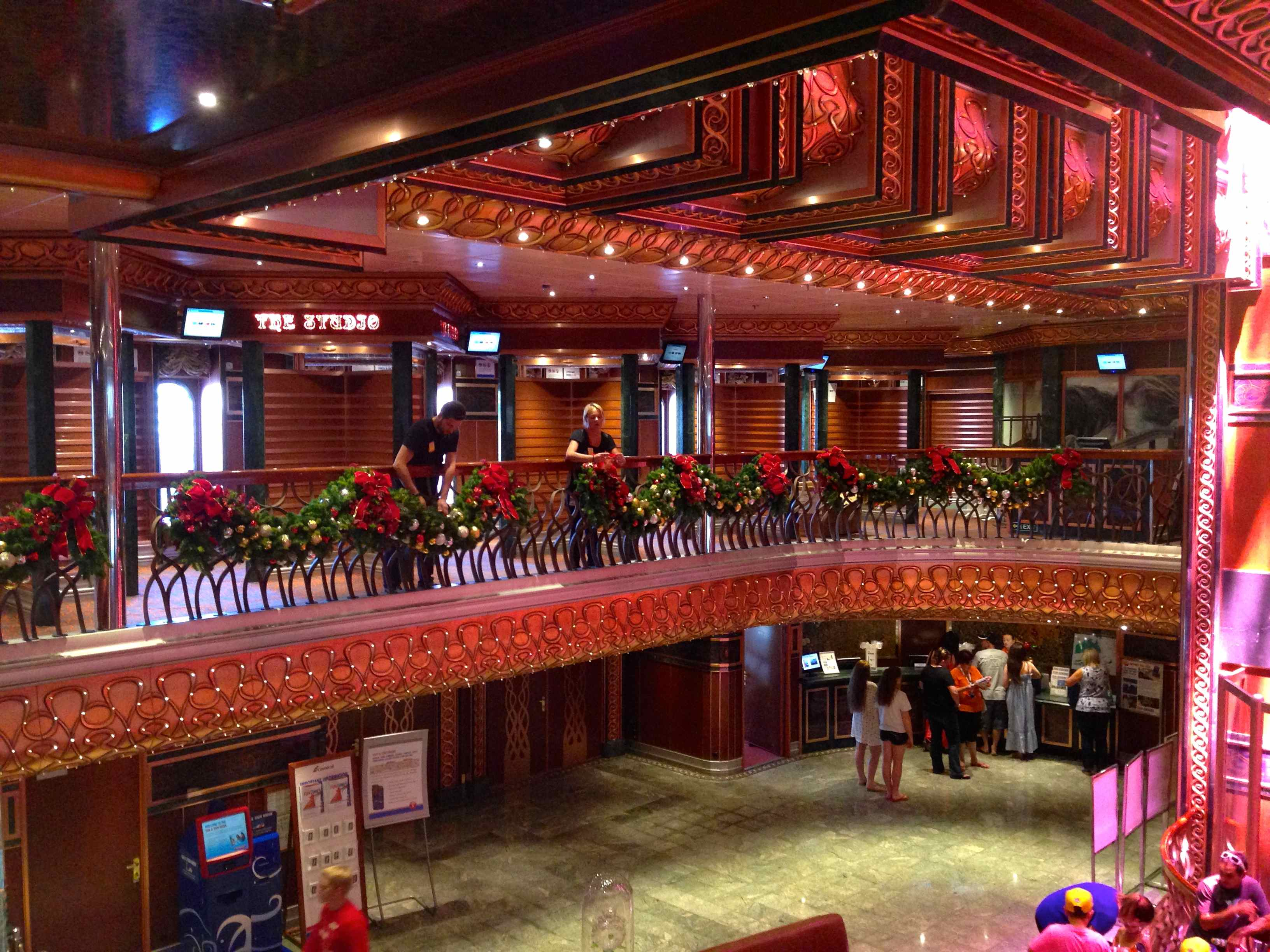 ship ahoy carnival cruise ships christmas decorations - When Do Cruise Ships Decorated For Christmas